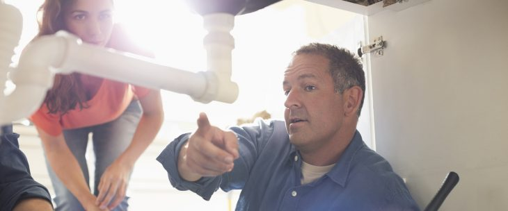 A home inspection is one of the expenses not to forget when buying a home